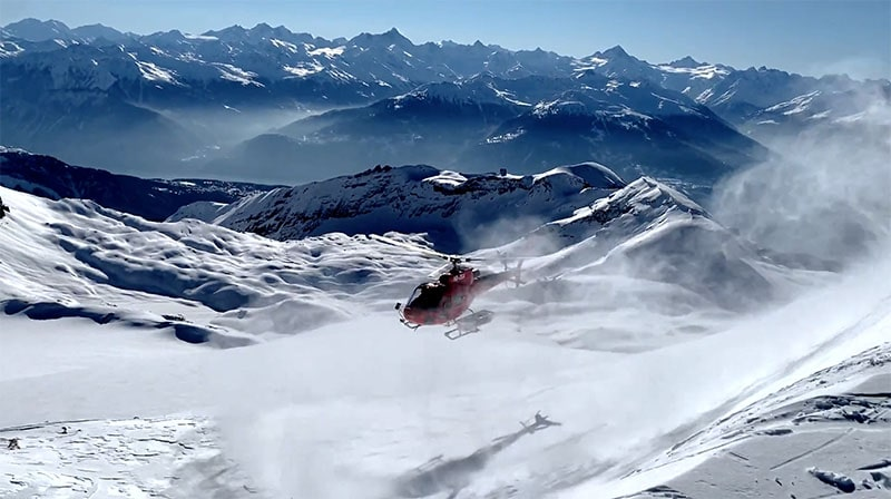 Heliskiing sessions at Le Régent