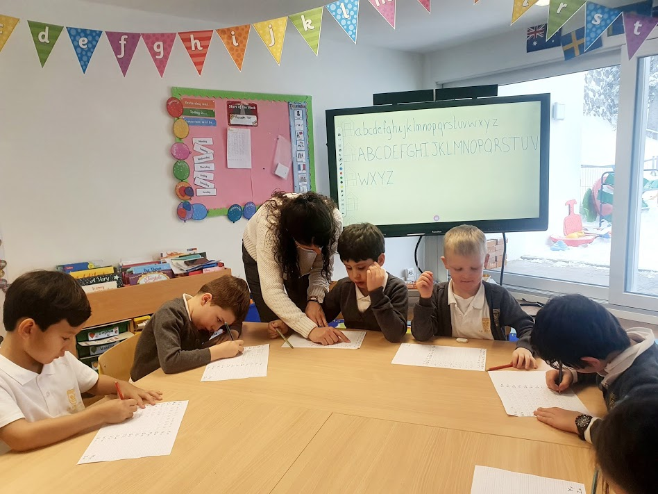Learning in the Bilingual Infant School at Le Régent International School