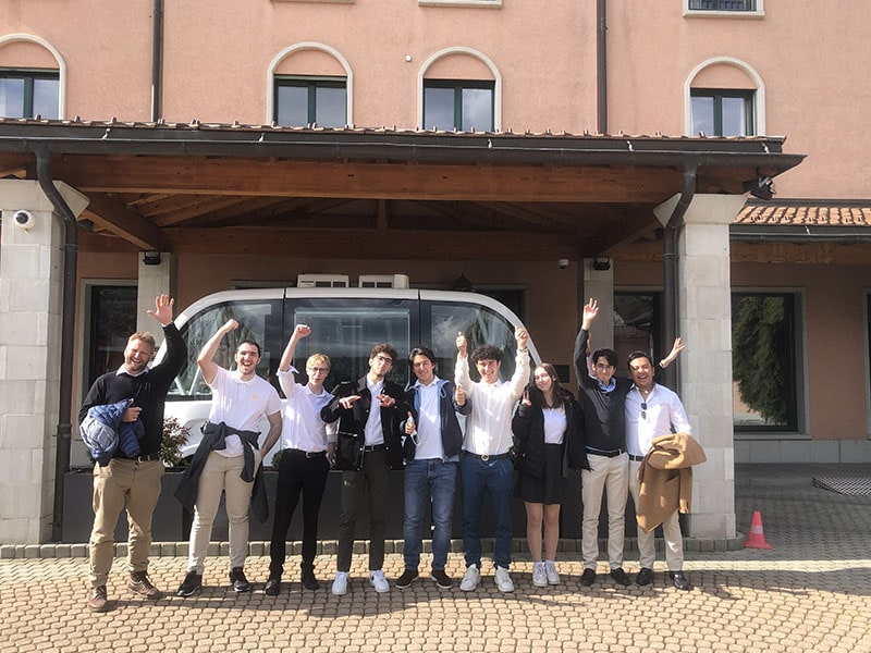 """Can a bus be smart? Driverless Buses in """"Silicon Valais"""""""