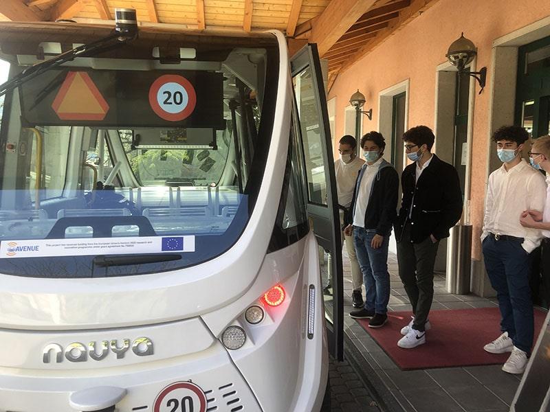 Le Régent International School Swiss Boarding School Tech visit